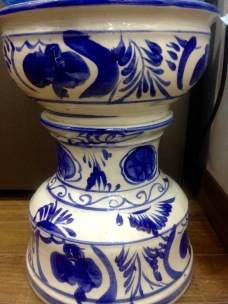 Blue and white china stool